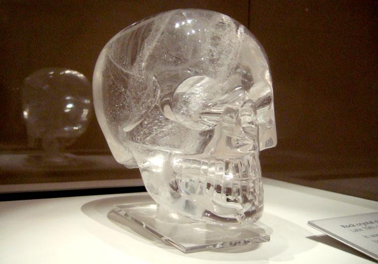 Tarihin En Gizemli Olayları - Kristal kuru kafa