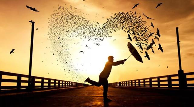 Hz Muhammed (sav) - Dört şey kendisine ihsan edilen kişiye, dünya ve ahiret saadeti verilmiştir.