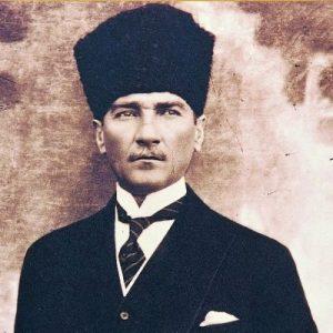 Atatürk'ün soyu nereye dayanıyor? - İlber Ortaylı